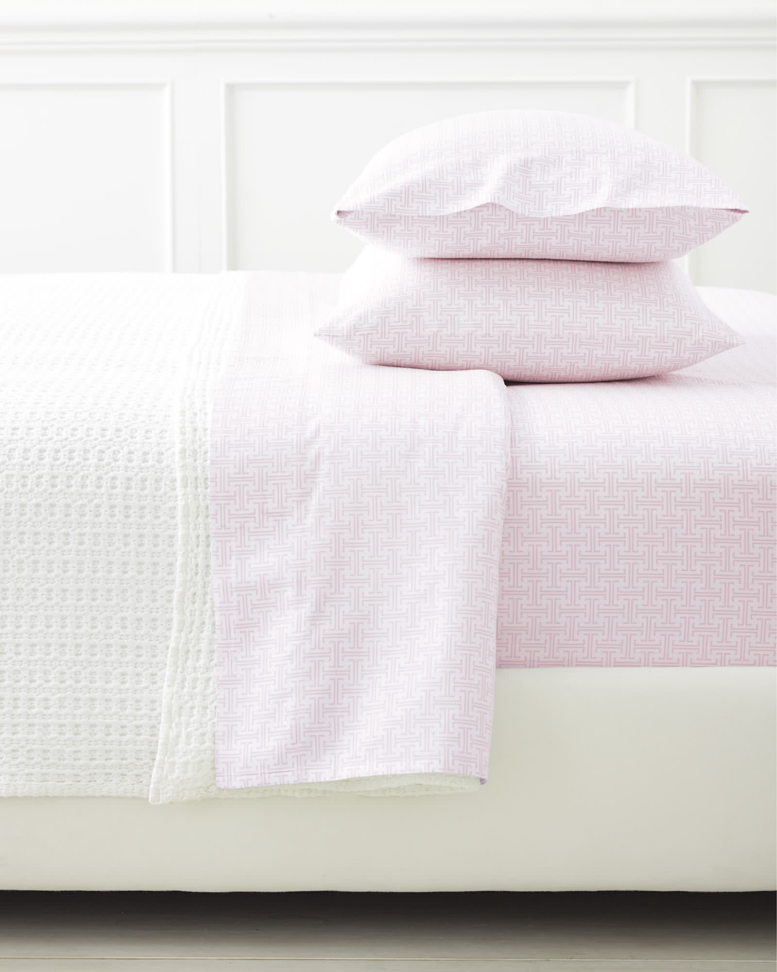 Extra Trellis Pillowcases - Set of 2