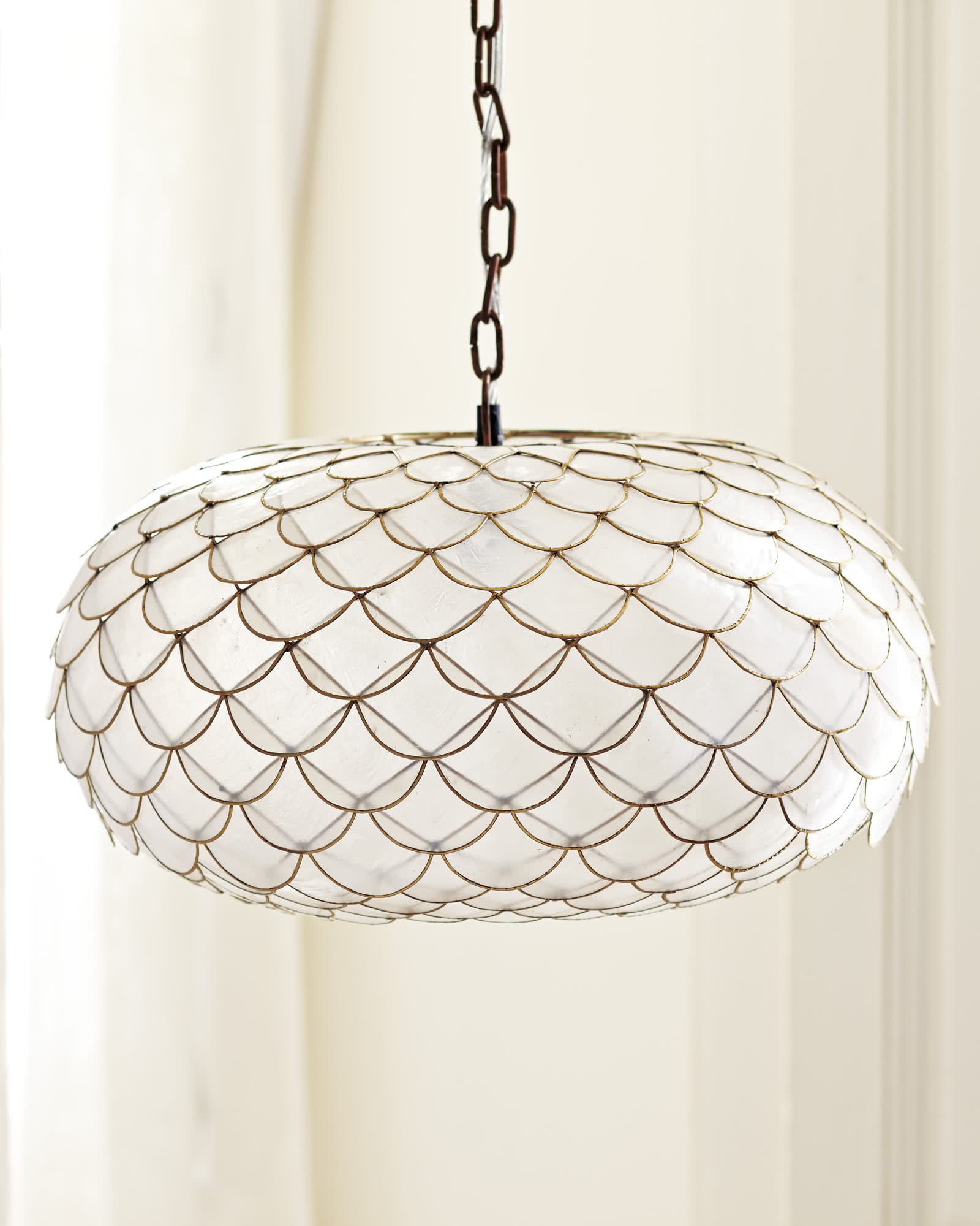 Capiz Scalloped Chandelier Lighting Serena And Lily