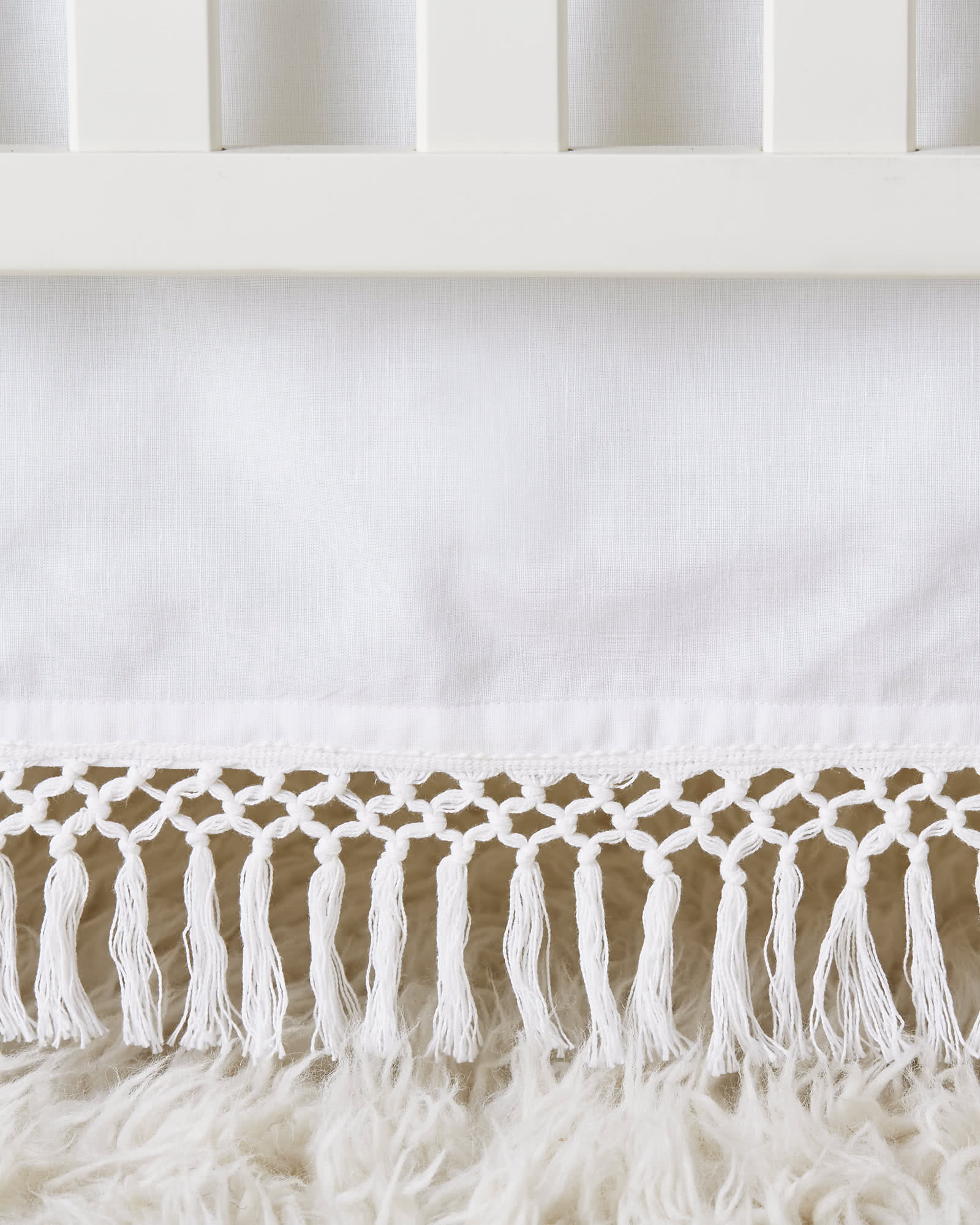 Macramé Crib Skirt Swatch