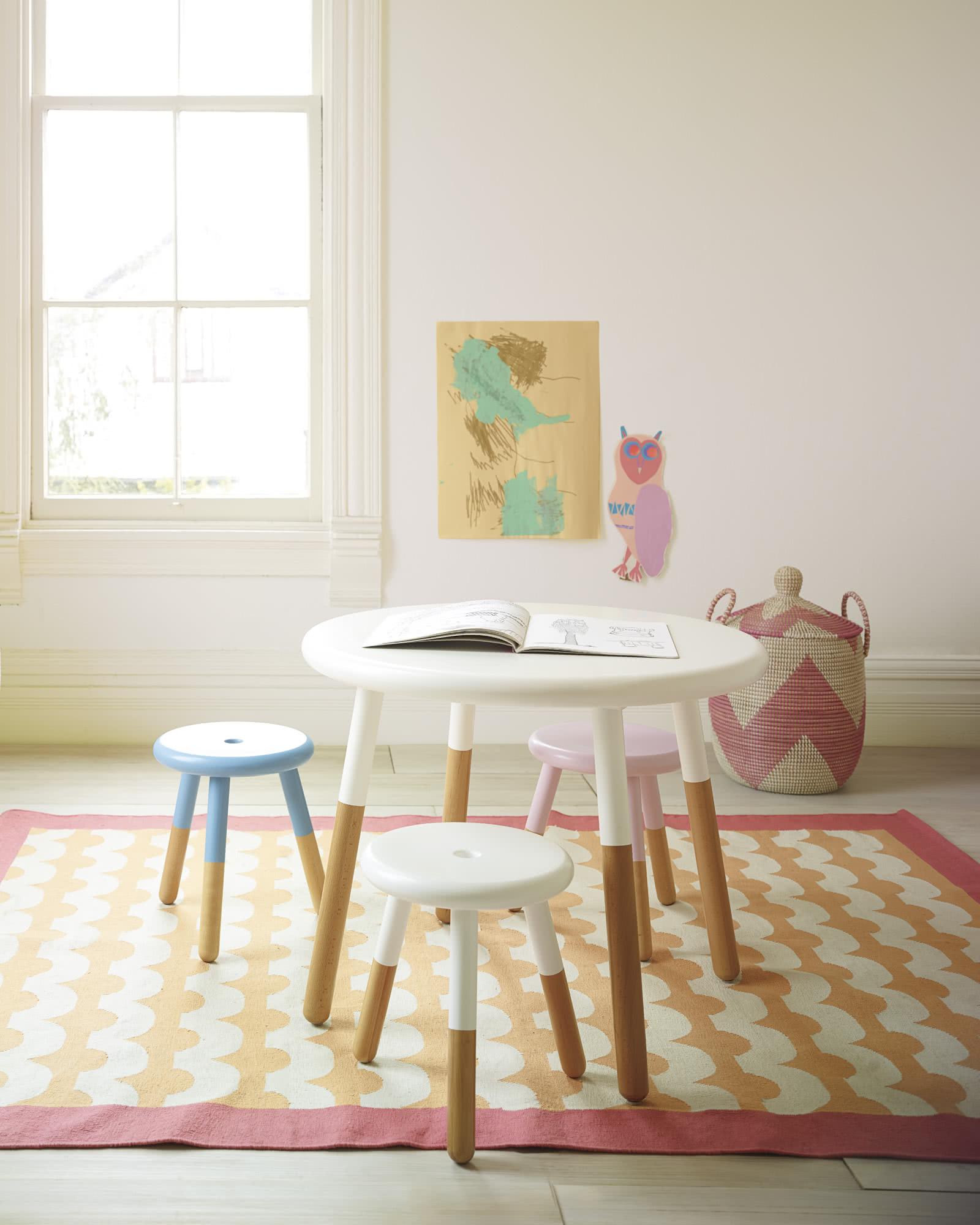 Riley Play Table