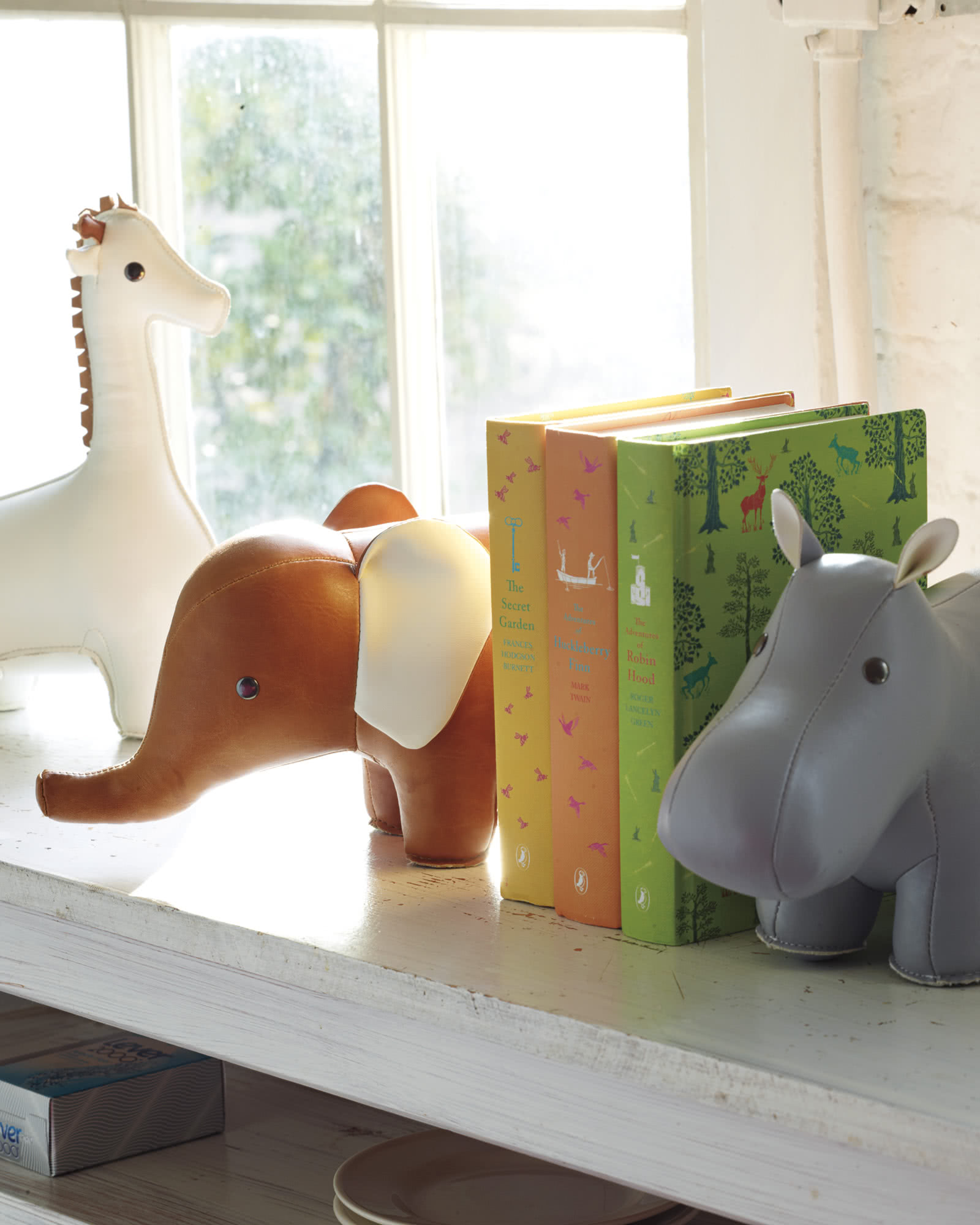 Menagerie Bookend - Brown Elephant