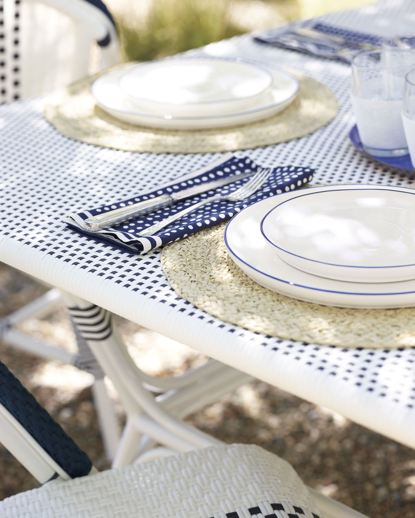 Outdoor Riviera Square Dining Table