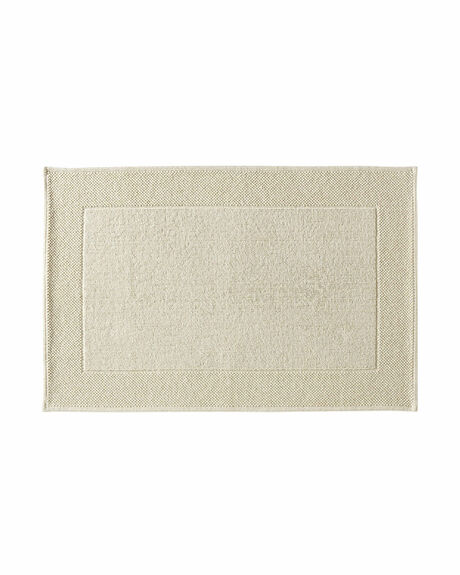Bathroom Rugs Amp Bath Mats Find What You Love Serena Amp Lily