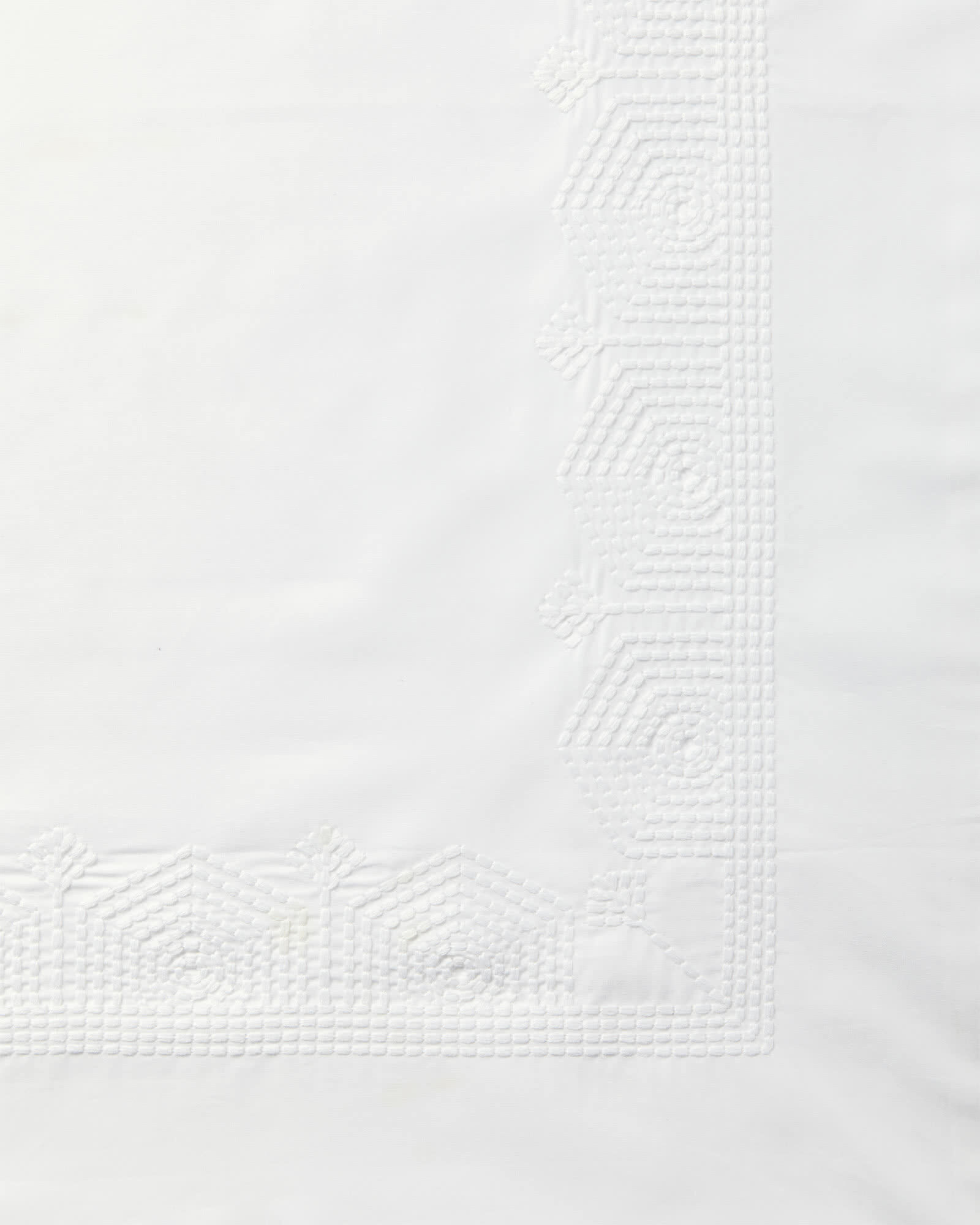 Olympia Bedding Swatch, White