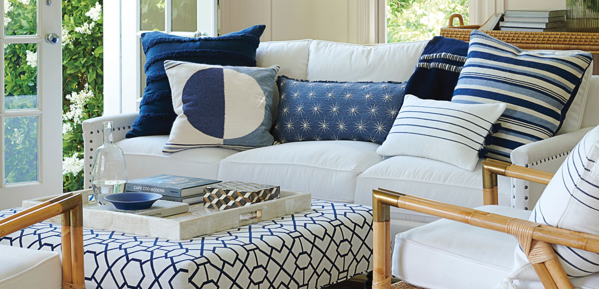 Brilliant How To Mix Match Pillows Andrewgaddart Wooden Chair Designs For Living Room Andrewgaddartcom