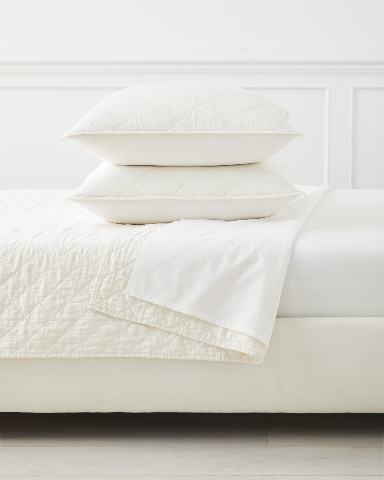 Augustine Coverlet, Ivory