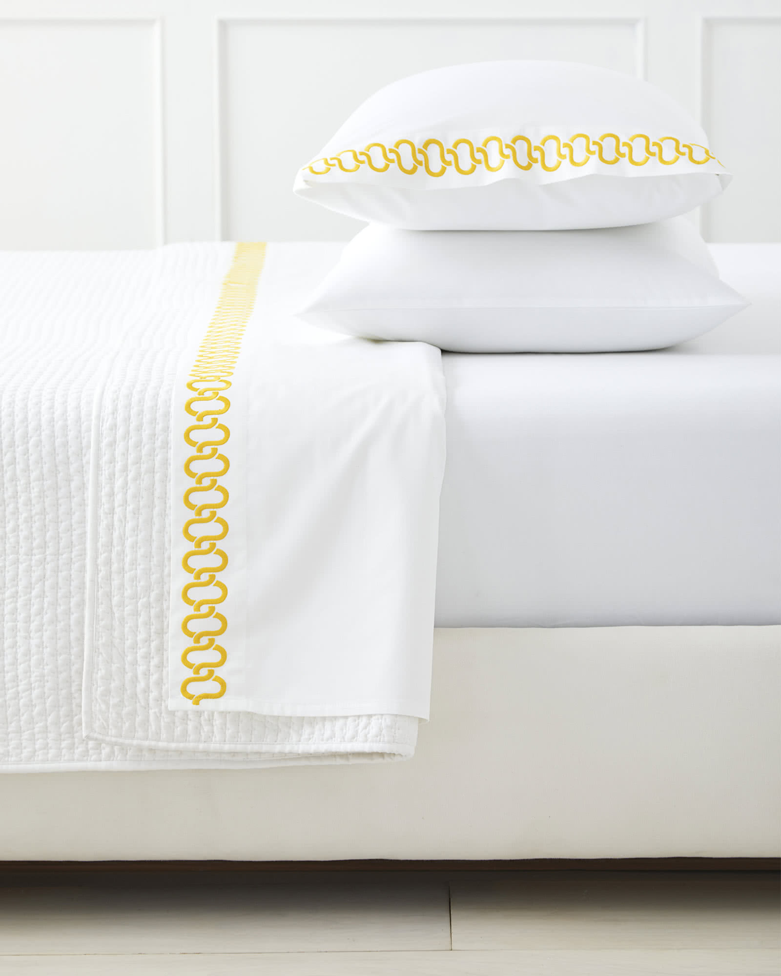Savoy Embroidered Sheet Set, Canary