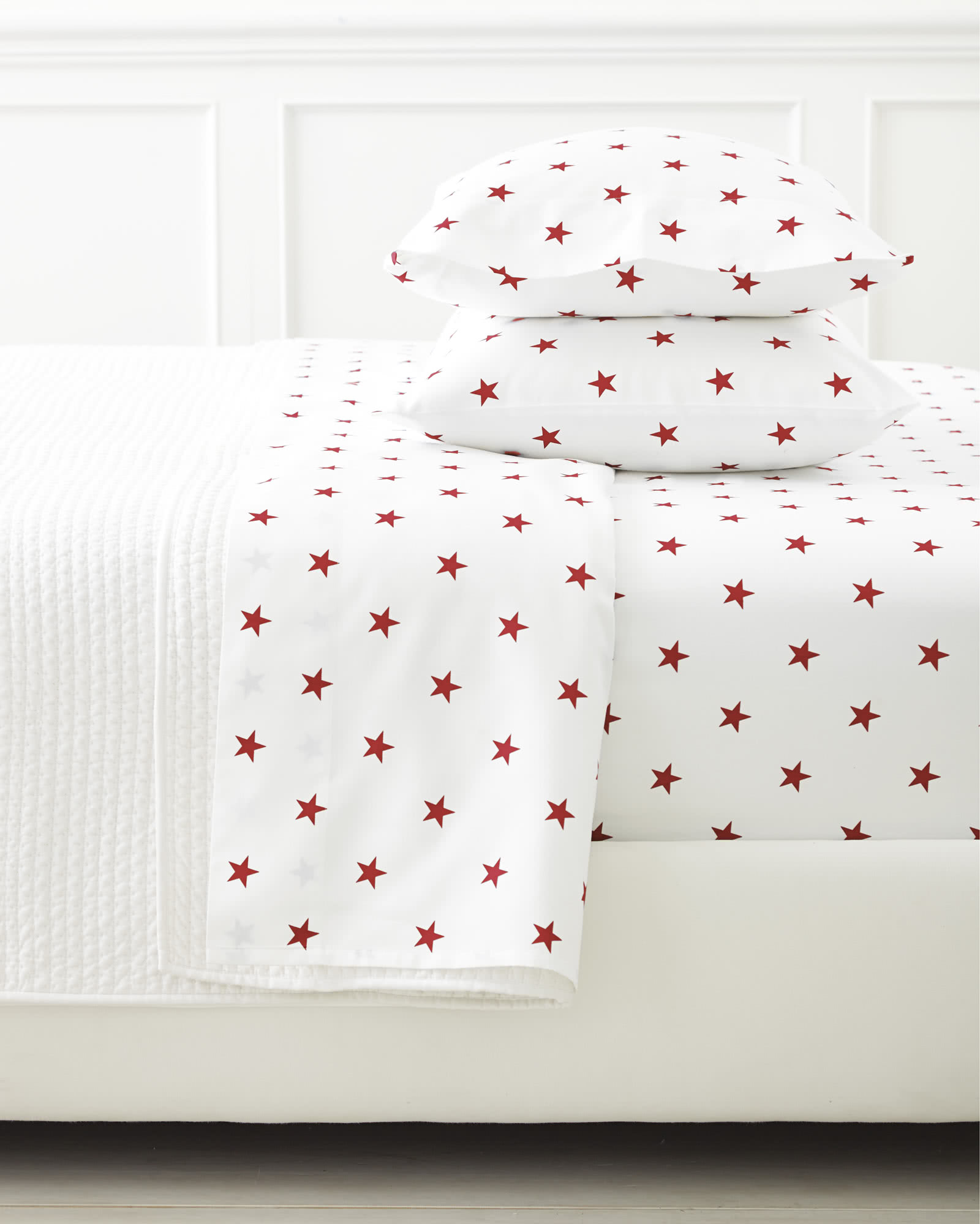 Extra Star Standard Pillowcases (Set of 2),
