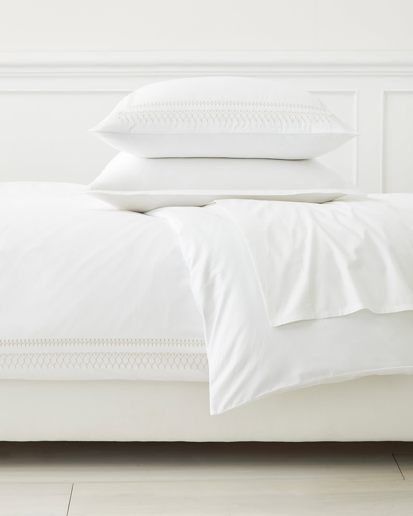 Laurel Duvet Cover, Sand