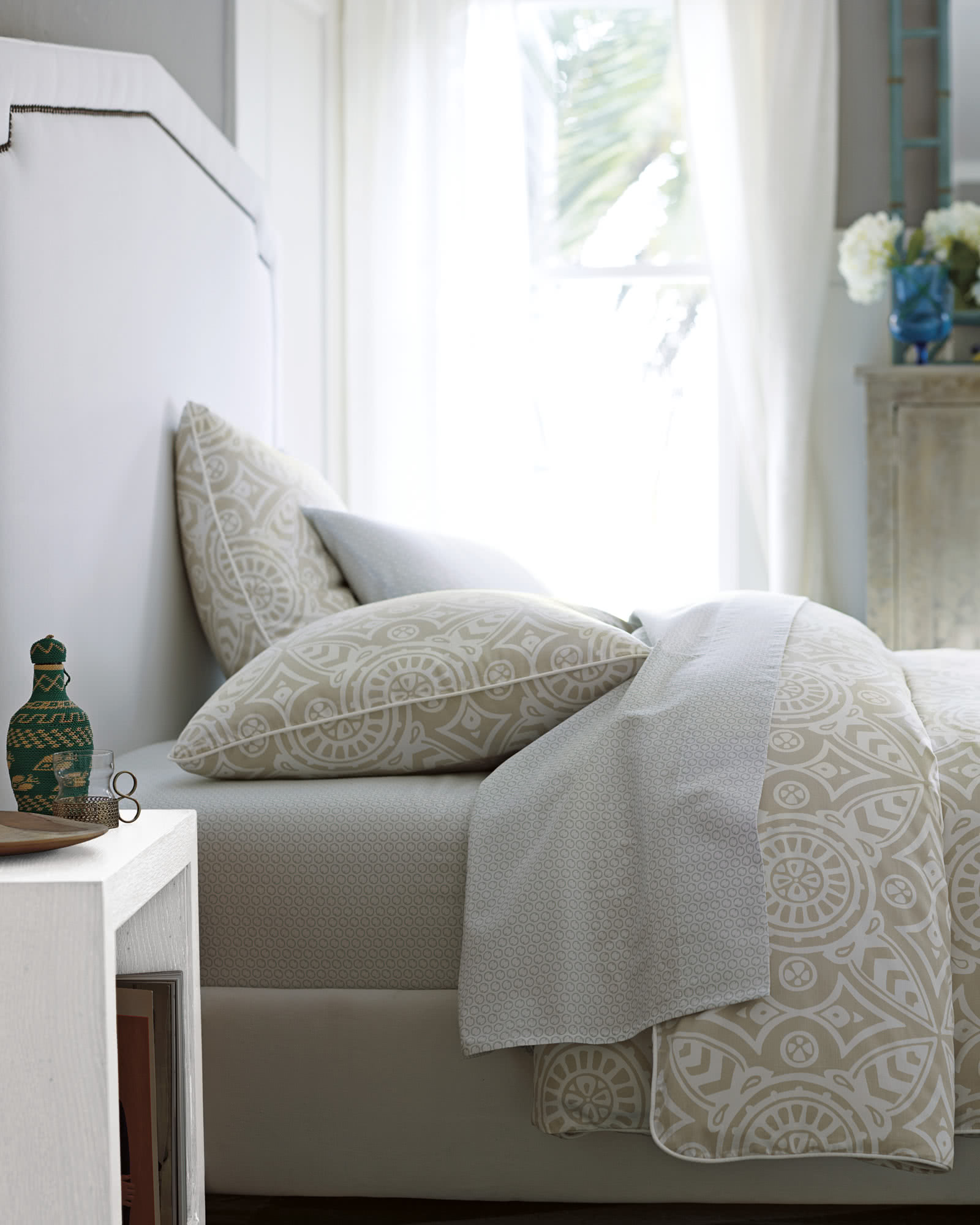 new set eyelet product store hei kate bed beyond cover duvet qlt medallion wid spade york bath