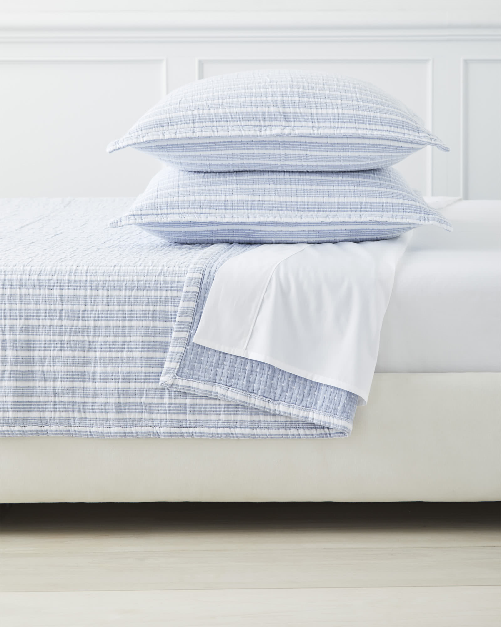 Carlyle Coverlet,