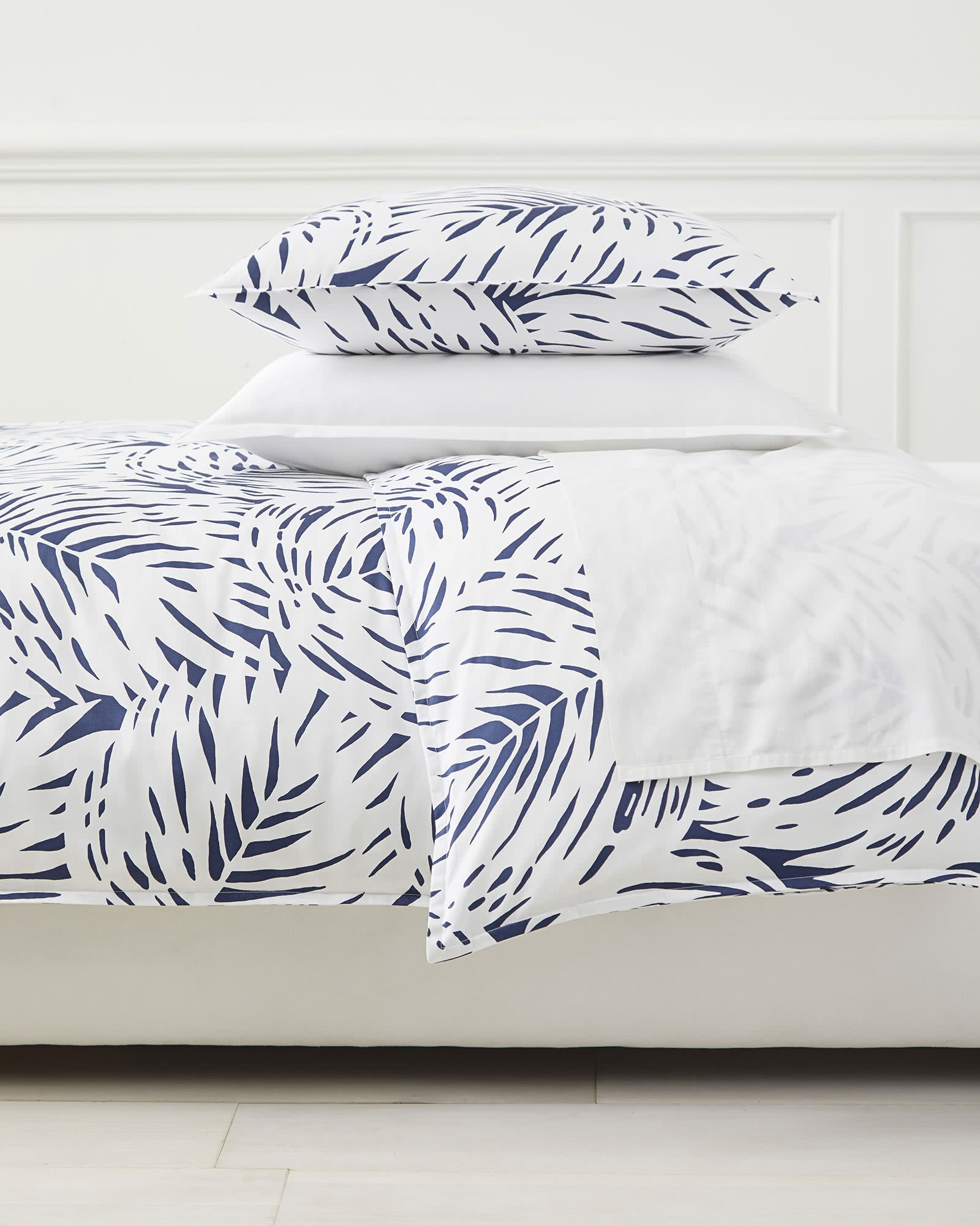 Palm Duvet Cover, Navy