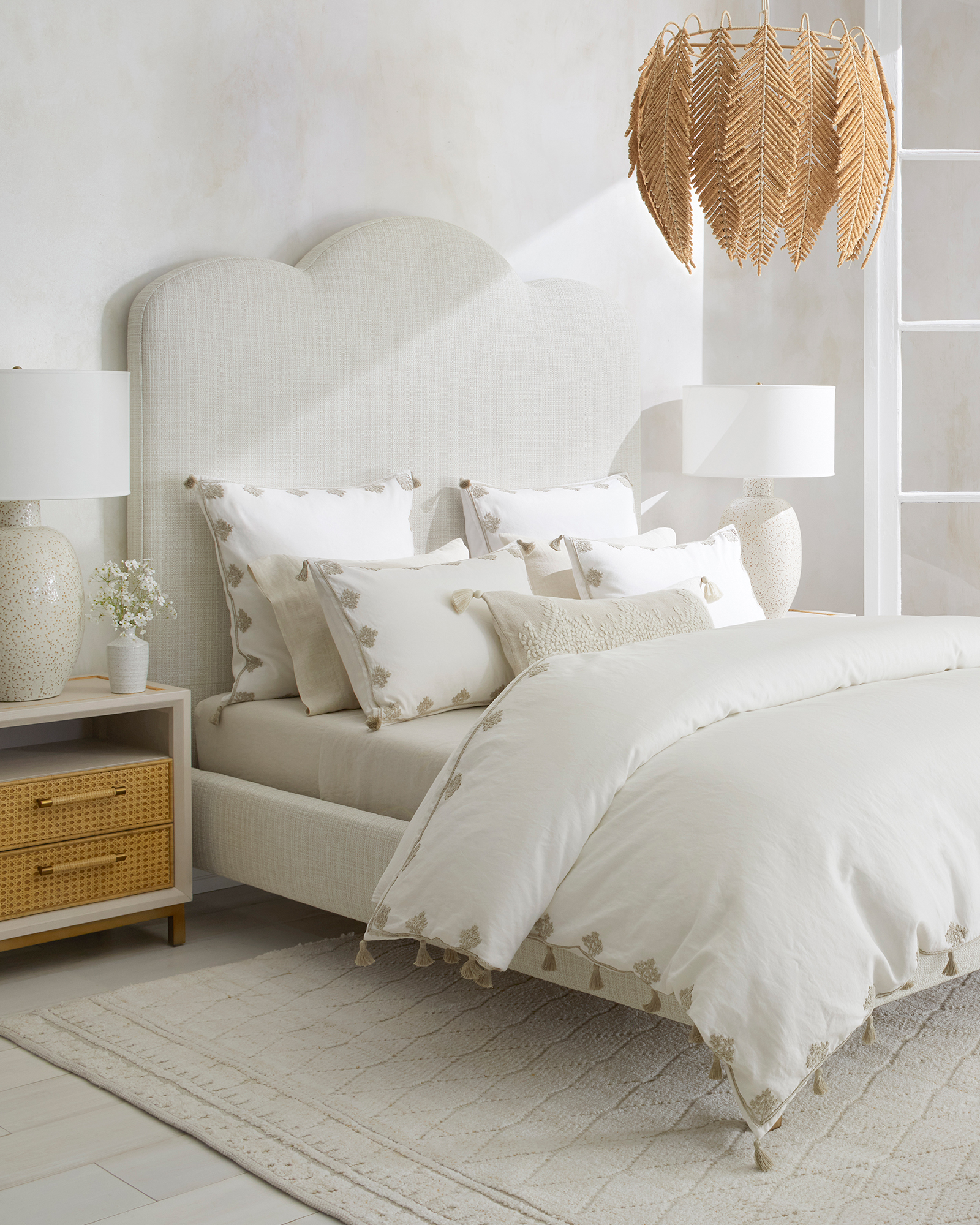 Briarcliff Bed,