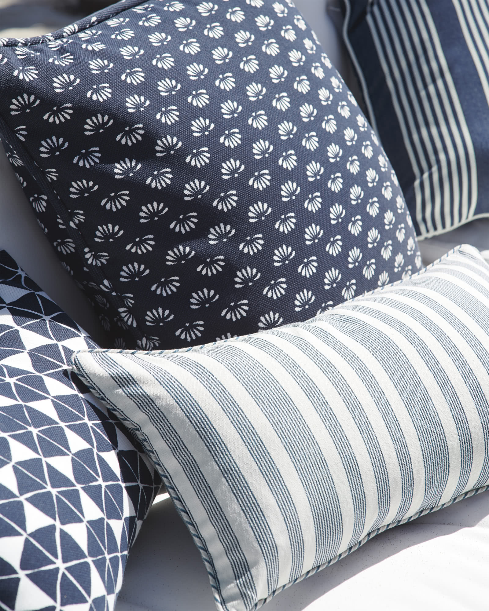 Seabrook Outdoor Pillow Cover,