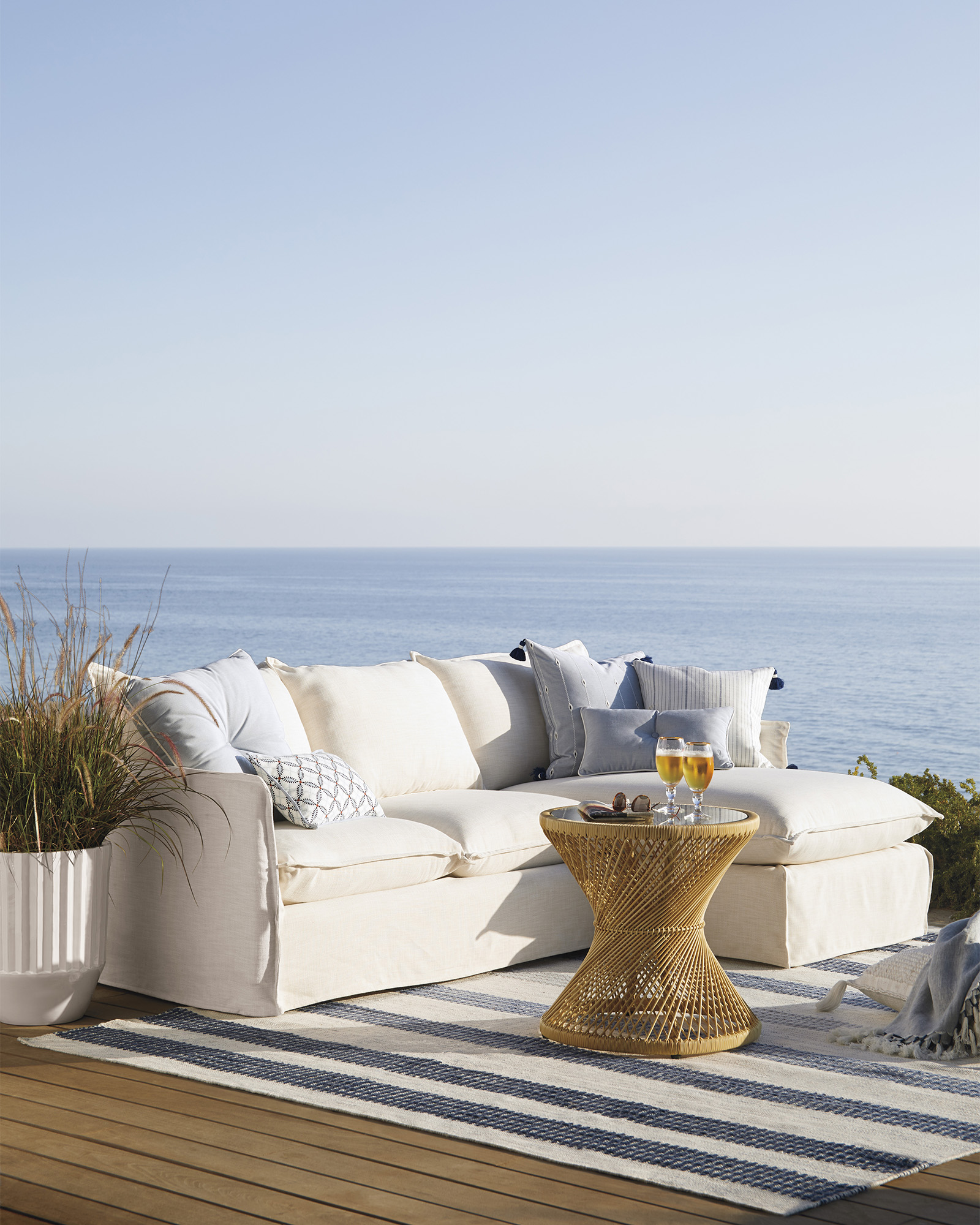 Sundial Outdoor Chaise Sectional - Right-Facing,