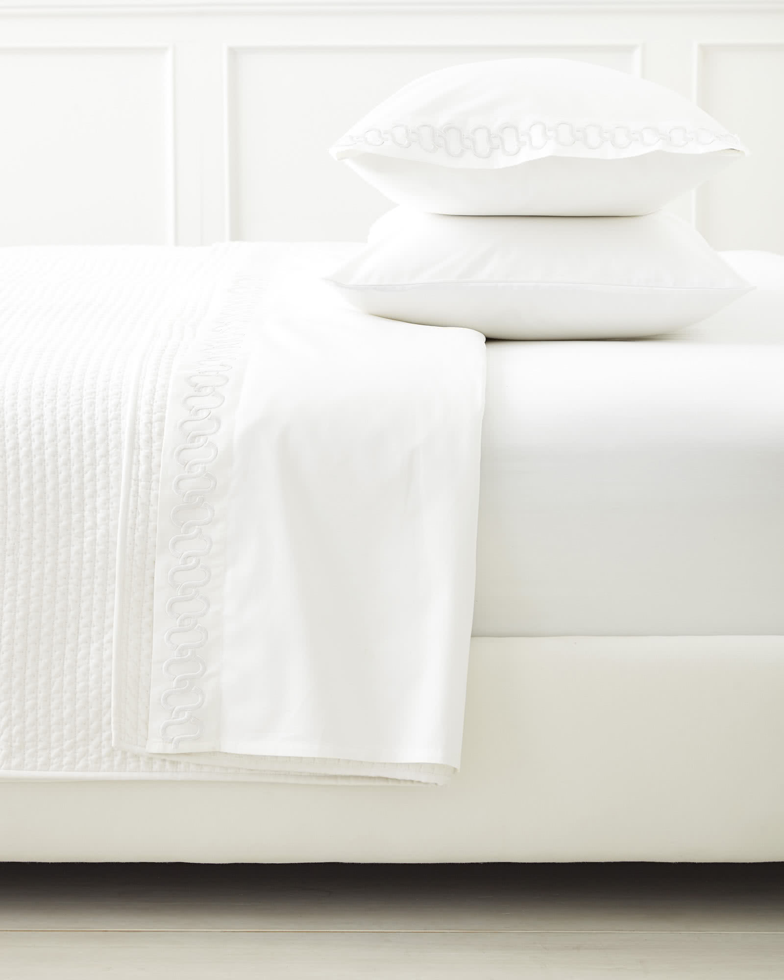 Savoy Embroidered Sheet Set, White
