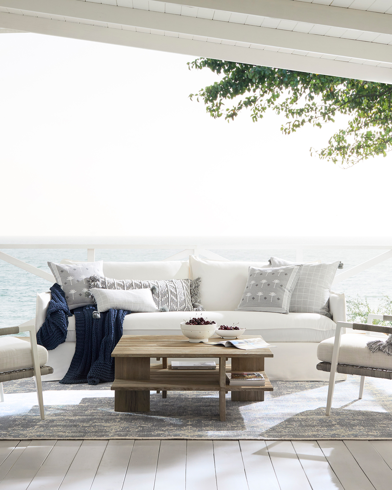 Sundial Outdoor Sofa with Bench Seat,