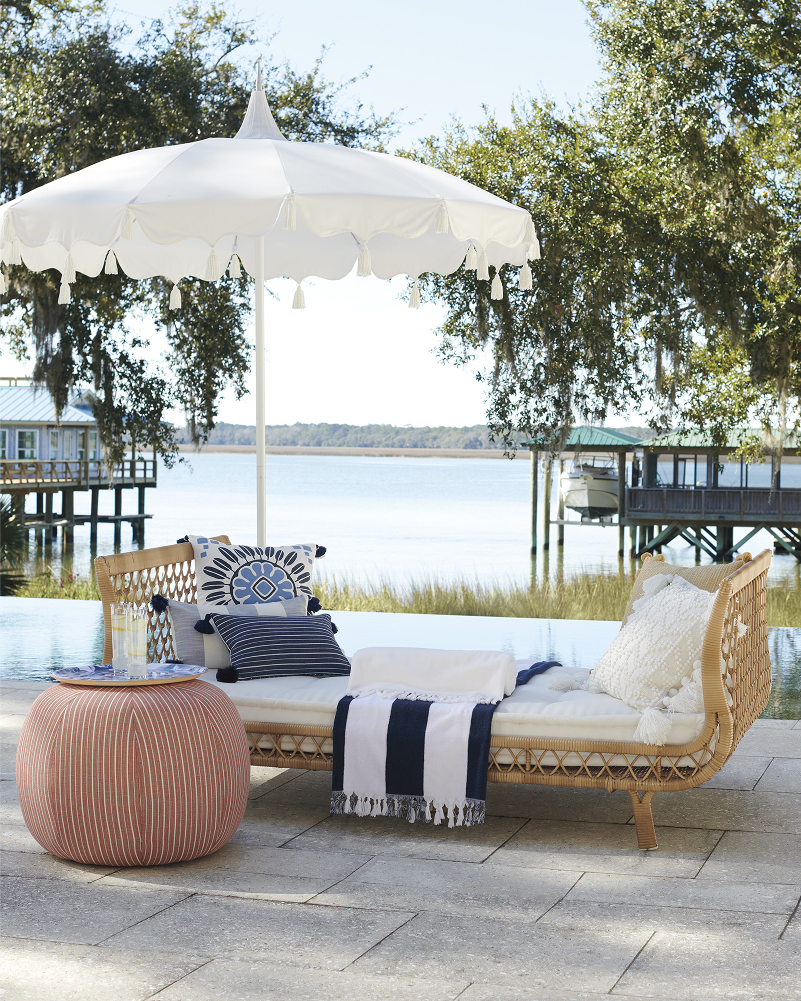 Capistrano Outdoor Daybed - Dune,