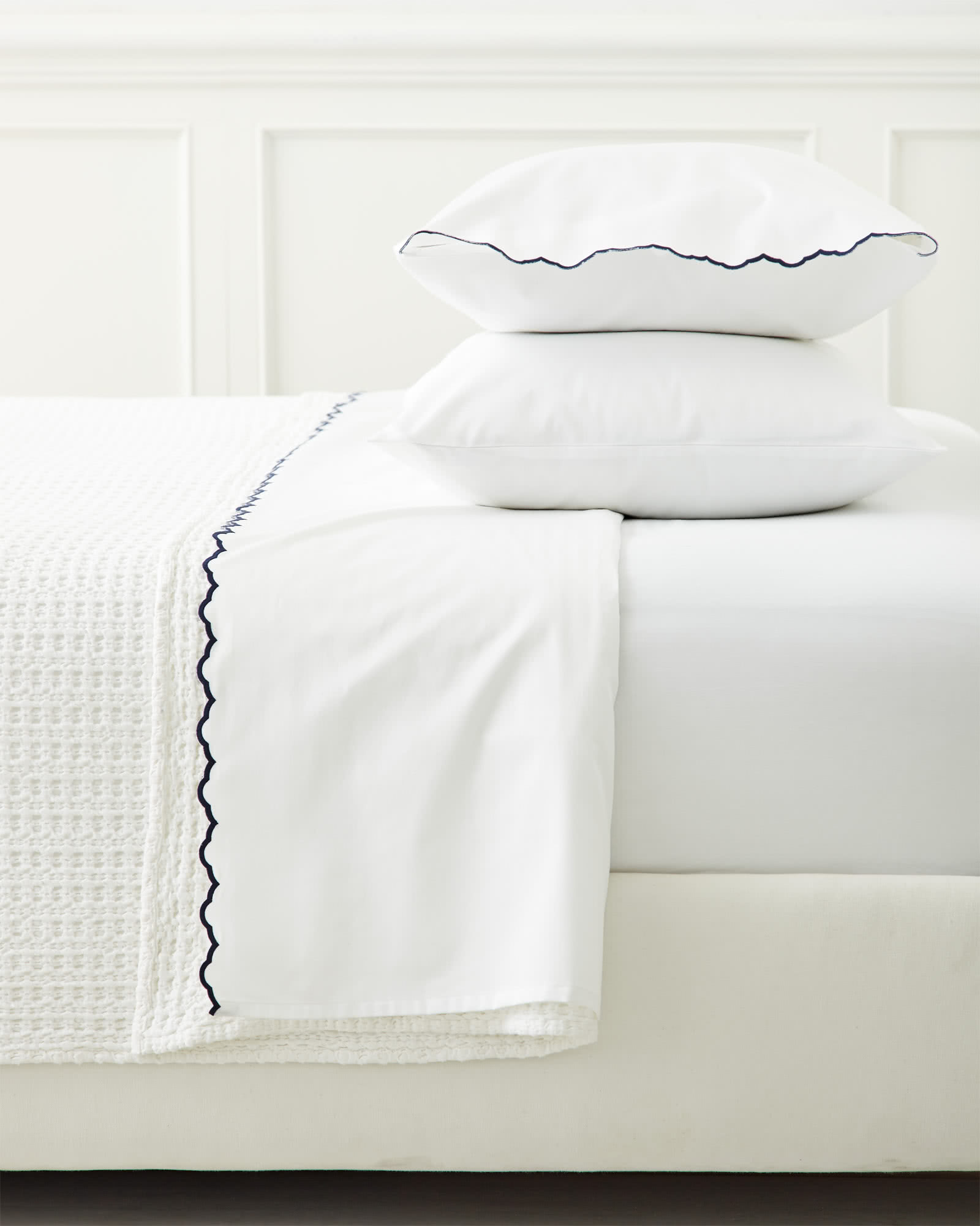 Extra Scallop Embroidered Pillowcases (Set of 2)