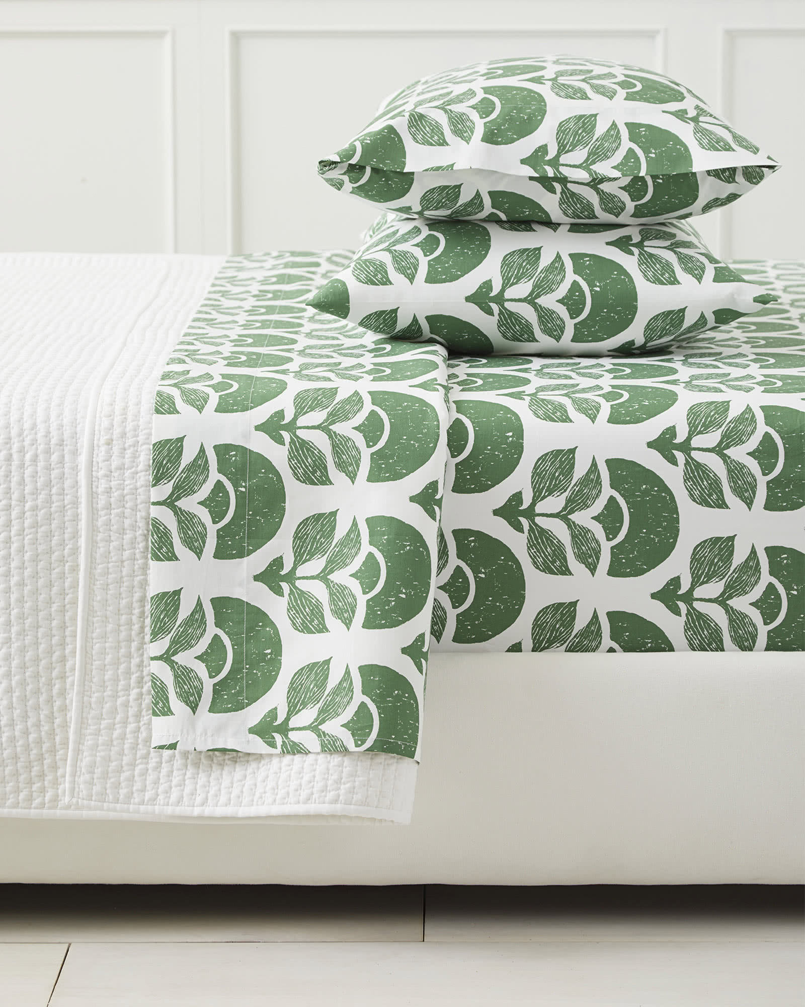 Larkspur Sheet Set, Moss