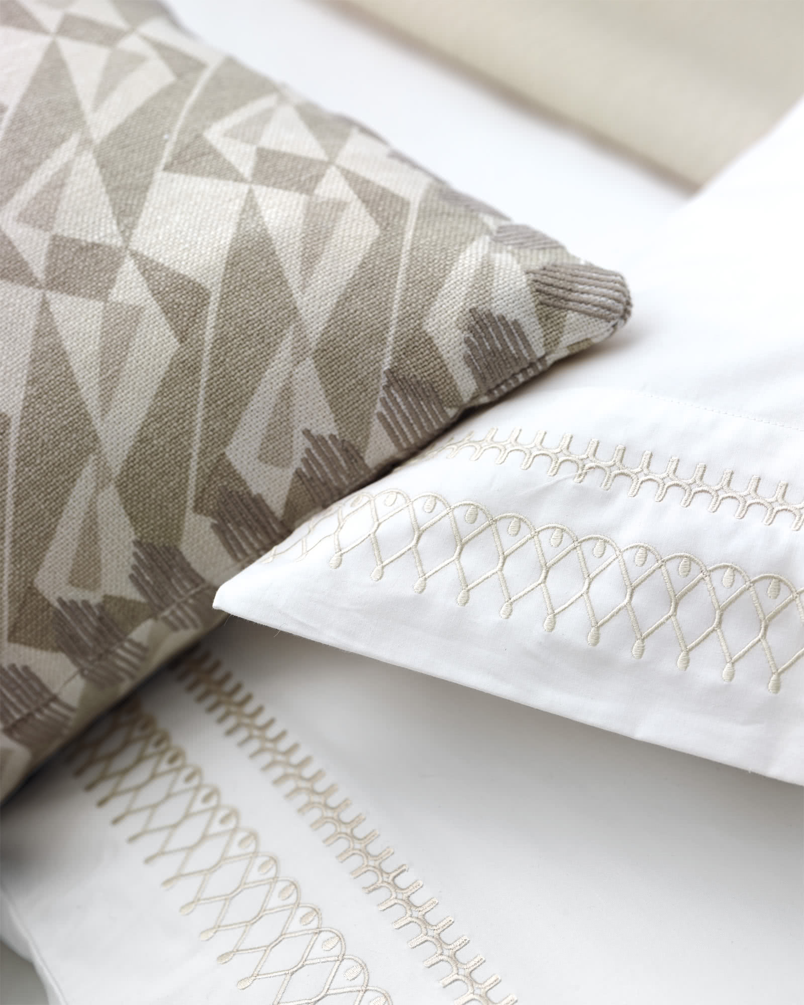 Robson Pillow Cover, Bark