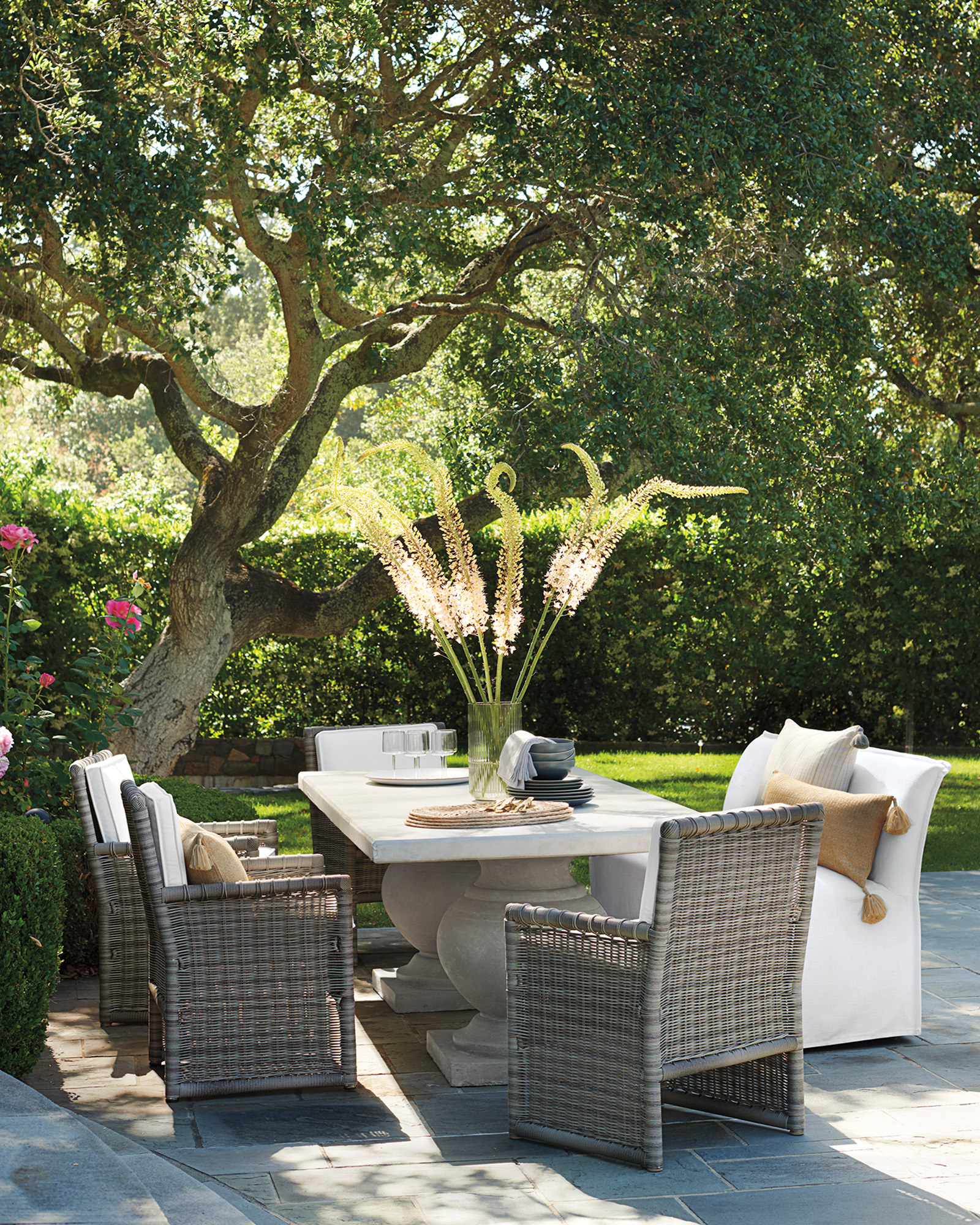 Sundial Outdoor Dining Bench,