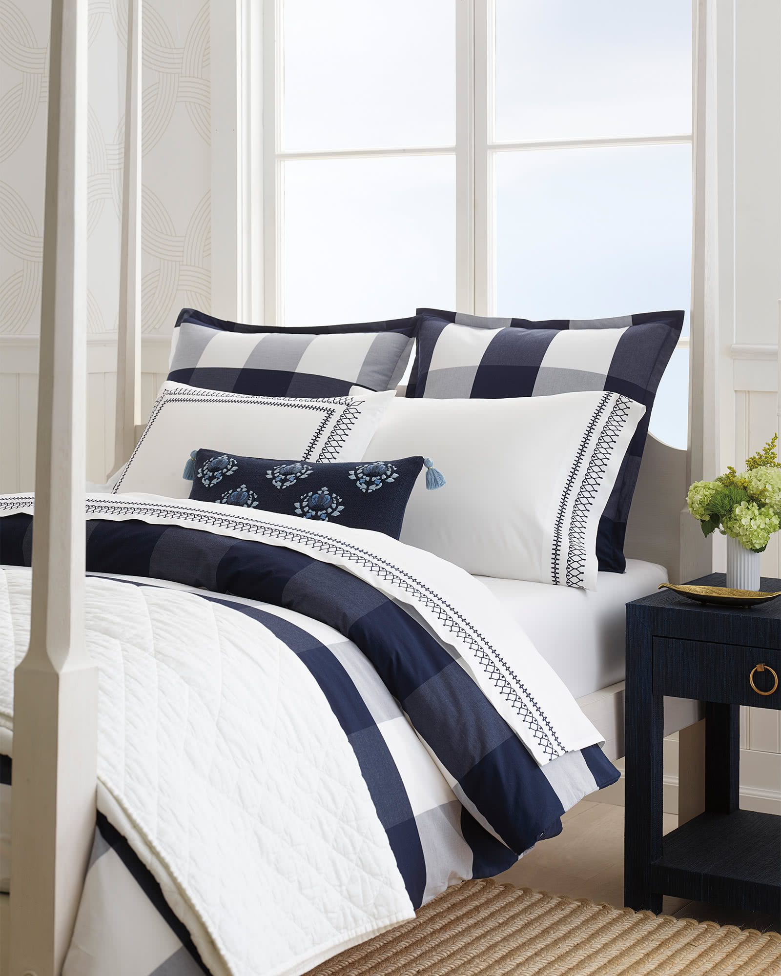 Gingham Shams, Midnight