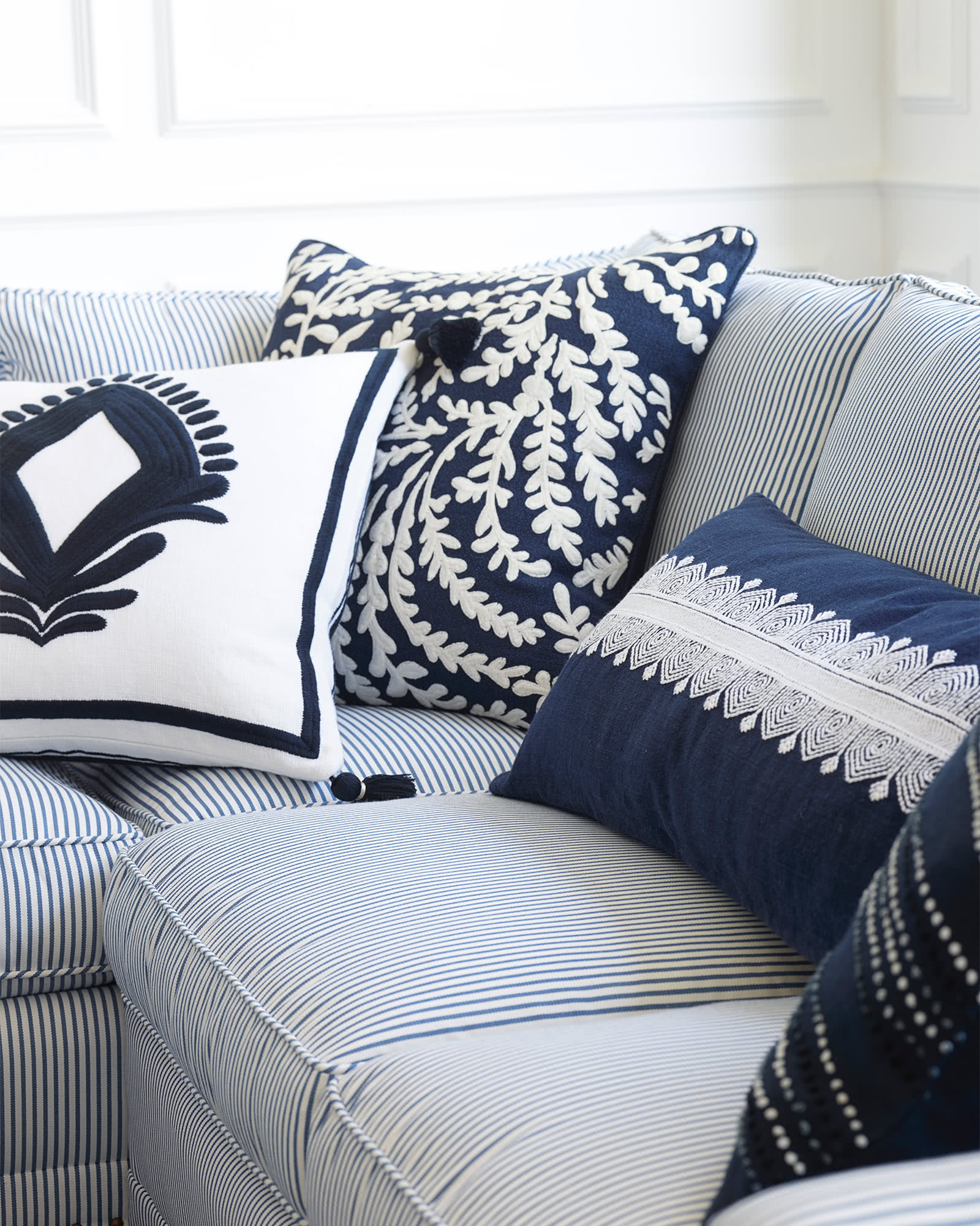Lincoln Pillow Cover, Navy
