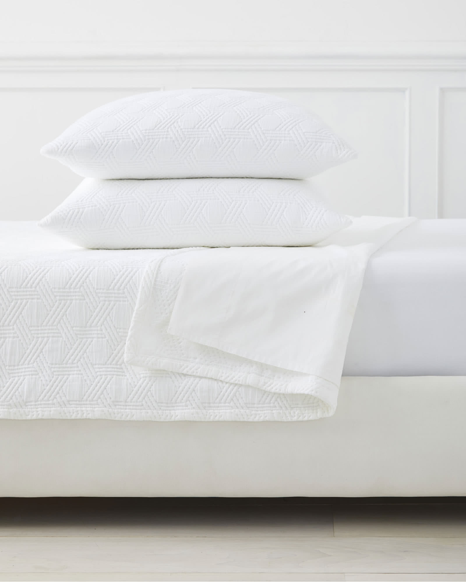 ll idea chenille luxury bedroom bedspreads white for comforters bed dillards size bedding bean covering bedspread matelasse fascinating king coverlets ma coverlet cotton