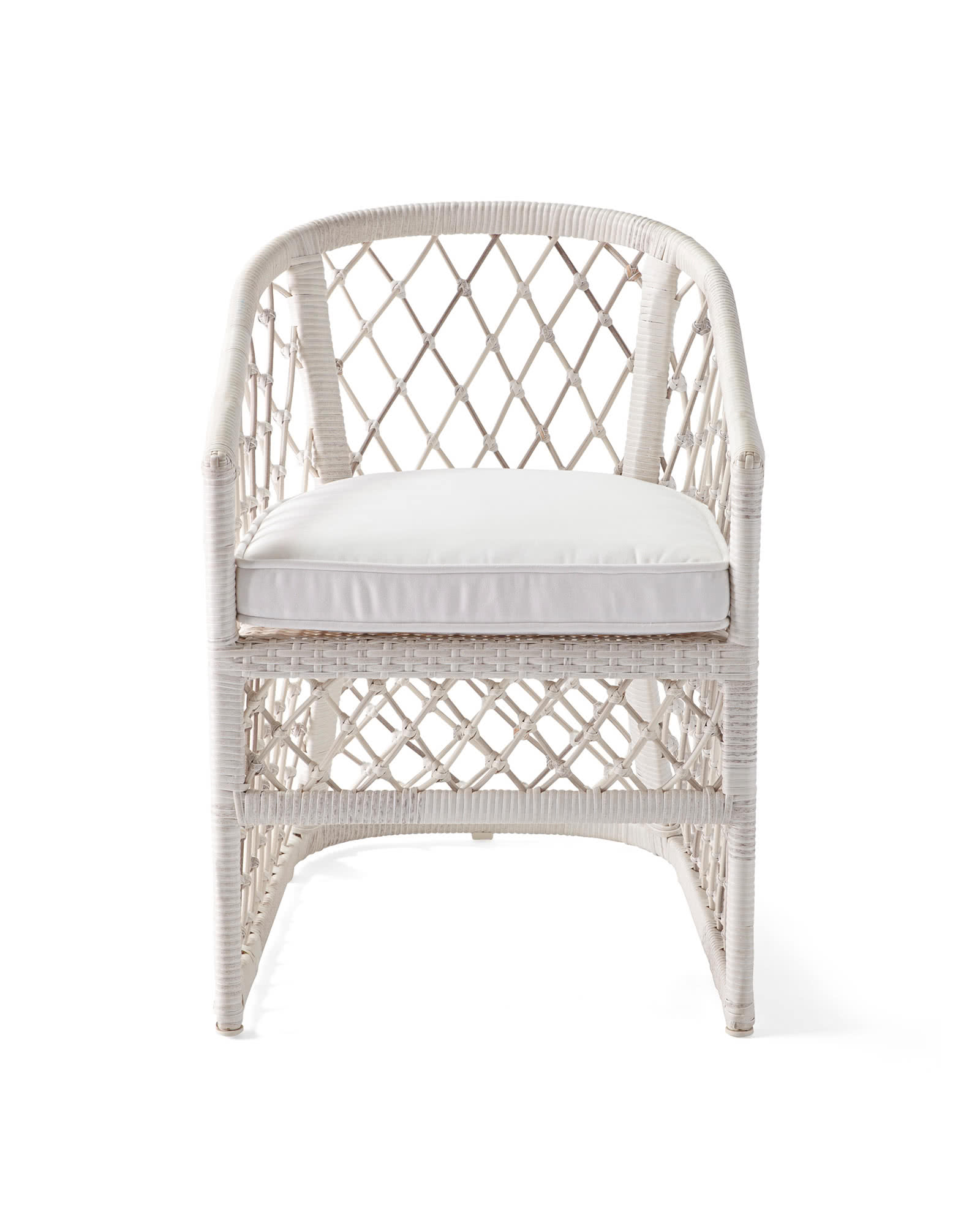 Capistrano Outdoor dining chair from Serena & Lily. #outdoordining #diningchairs #wovenchair #coastalstyle