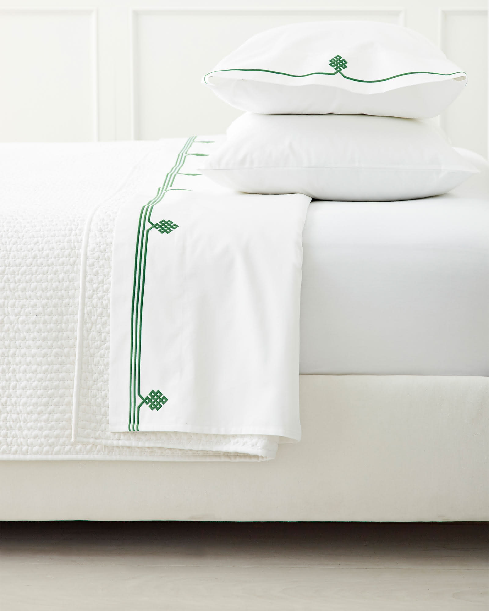 Gobi Embroidered Sheet Set, Palm Green