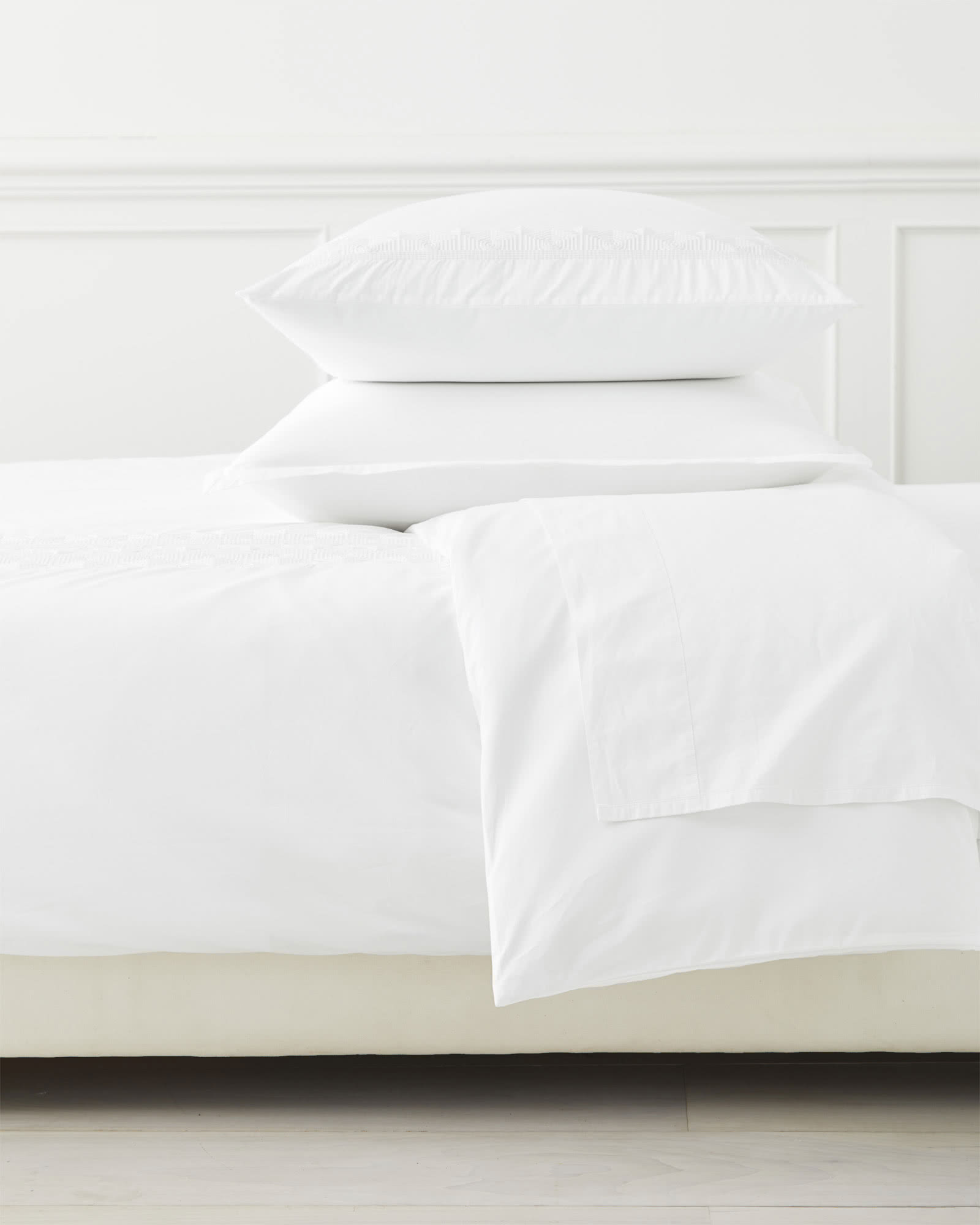 Olympia Duvet Cover, White