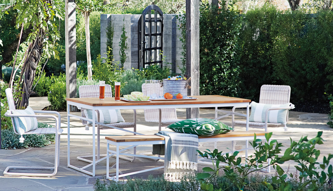 outdoor looks - Outdoor Patio Furniture & Outdoor Furnishings Serena & Lily
